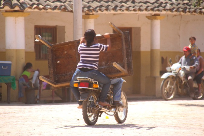Table removals, San Ignacio de Moxos, Bolivia