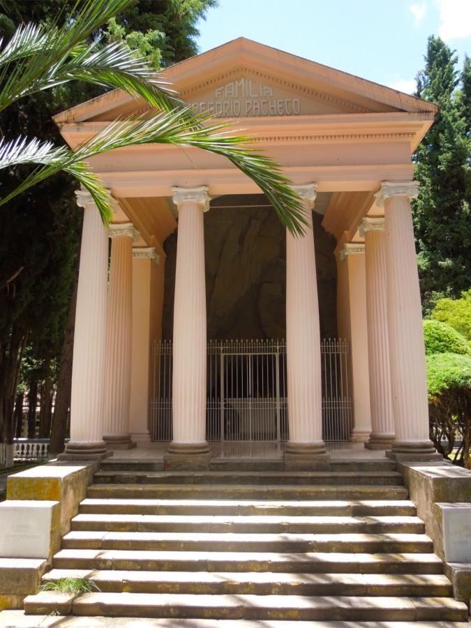 Grand family tomb, cemetery, Sucre, Bolivia