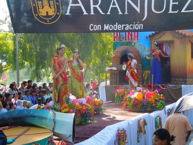 Carneval Queen and her princesses, Tarija, Bolivia