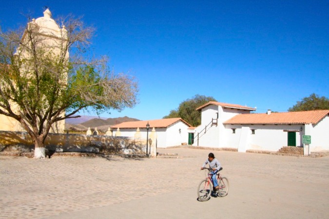 Hostal Provincial de Molinos and the nearby church, Molinos, Argentina