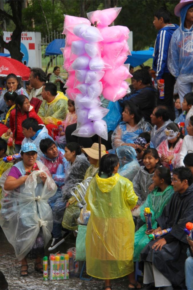 Candy floss seller at carneval in Tarija, Bolivia