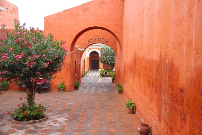 Entrance into the first cloister, Monestario de Santa Catalina, Arequpia, Peru