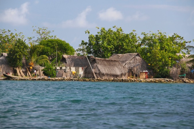 Large Kuna settlement, San Blas Islands, Panama