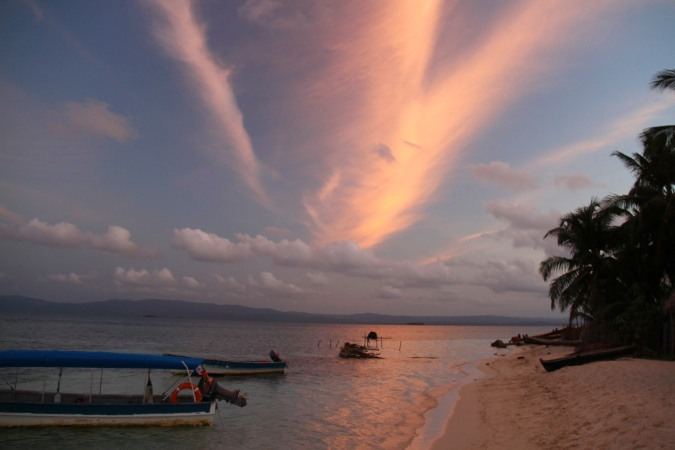 Sunset, Coco Blanco cay, San Blas Islands, Panama