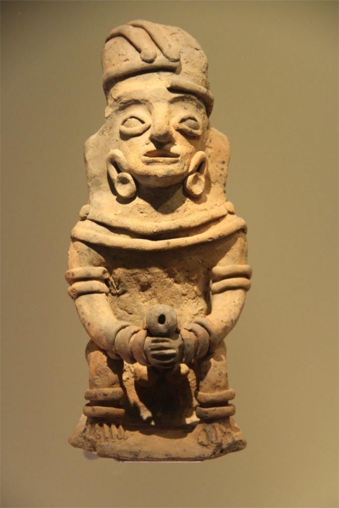 Clay fertility statue, Museo del Oro, Bogota, Colombia