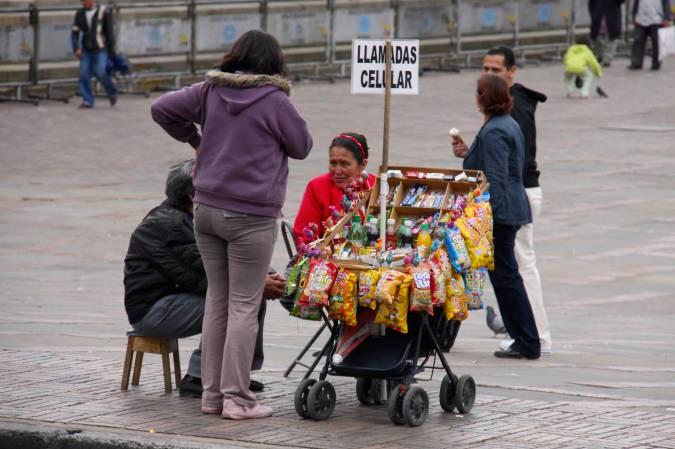 Mobile tienda in Plaza Bolivar, Bogota, Colombia