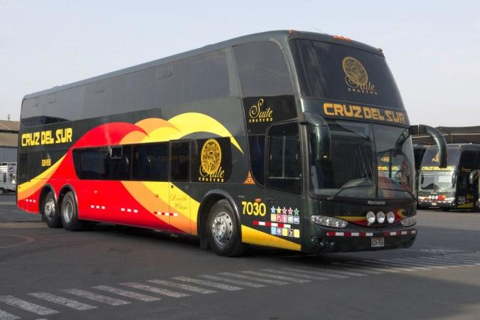 Cruz del Sur bus, Peru