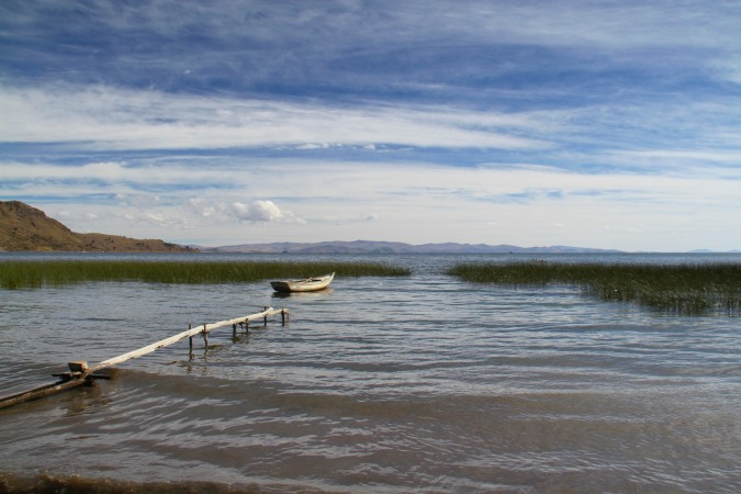 The lake shore of Lake Titicaca near Copacabana, Bolivia