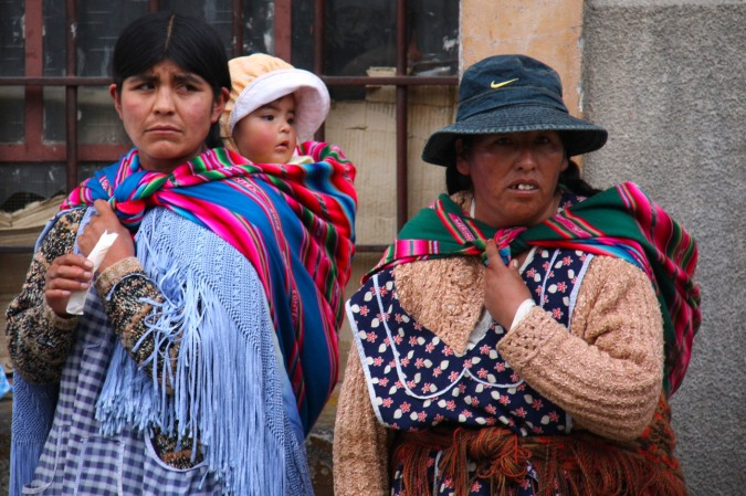 Campesino women with children, La Paz, Bolivia