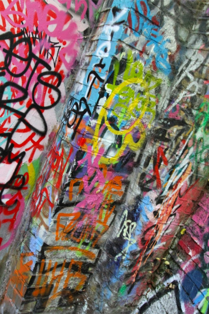 Street art Imitates Jackson Pollock, London, England