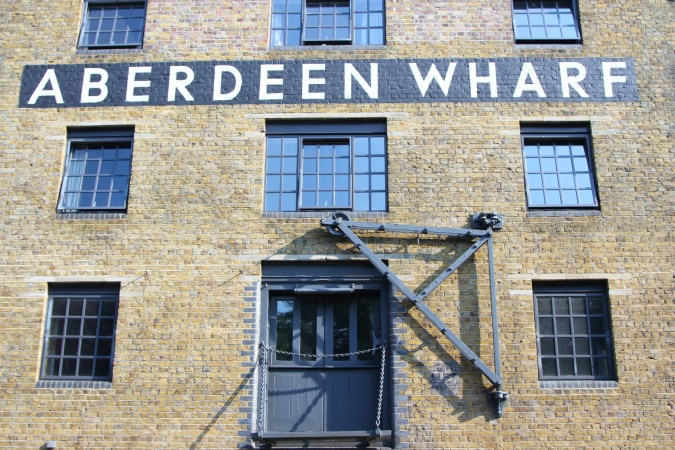 Aberdeen Wharf, Wapping, River Thames, London, England