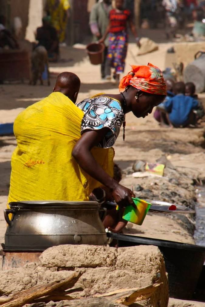 Woman and baby, Mopti, Mali, Africa