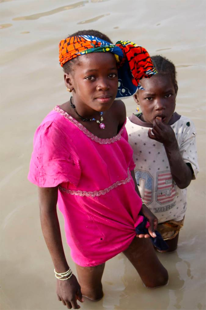 Children from a village on the banks of the Niger River, Mali, Africa