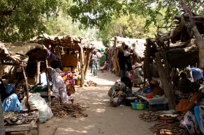 The market in Niafunké, Niger River, Mali, Africa