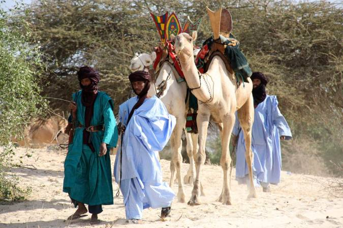 Tuareg and their camels, Essakane, Mali, Africa