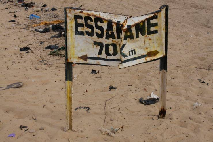 Signpost to Essakane, home of the Festival au Désert, Mali, Africa