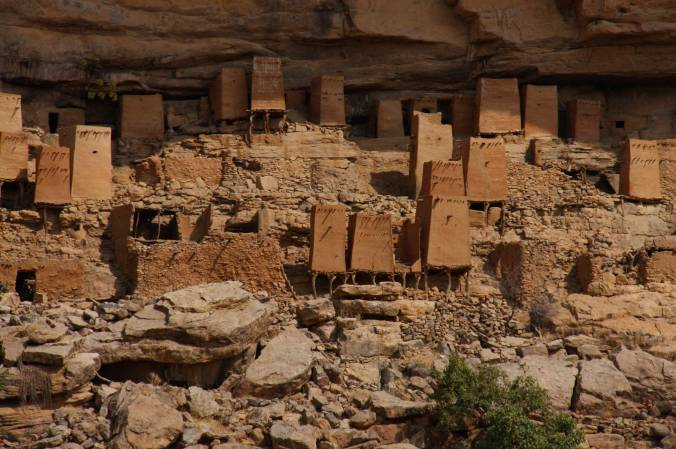 Tellem grain stores, Teli, Dogon Country, Mali, Africa