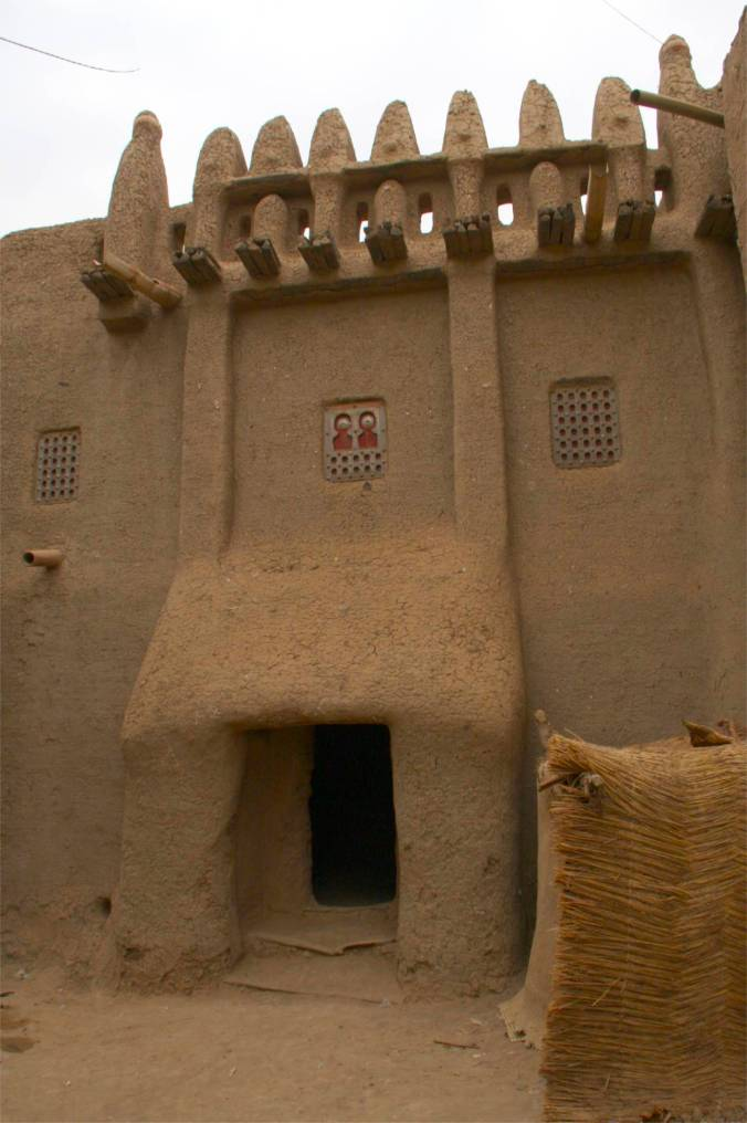 Toucouleur-style house in Djenne, Mali, Africa