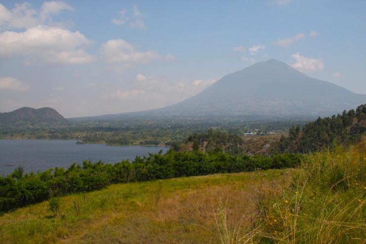 Mt. Muhabura, Lake Burera, Ruhengeri, Rwanda, Africa