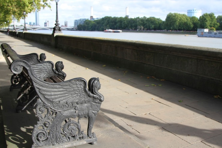 Egyptian-themed bench, Chelsea Embankment, London, England