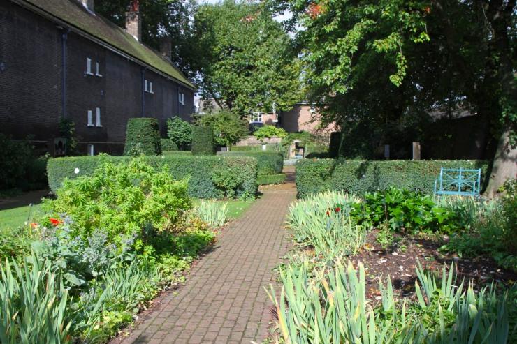 Gardens, Geffrye Museum, London, England