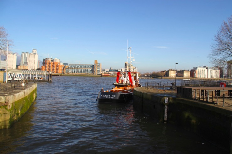 Tug on the Thames, Deptford, London, England