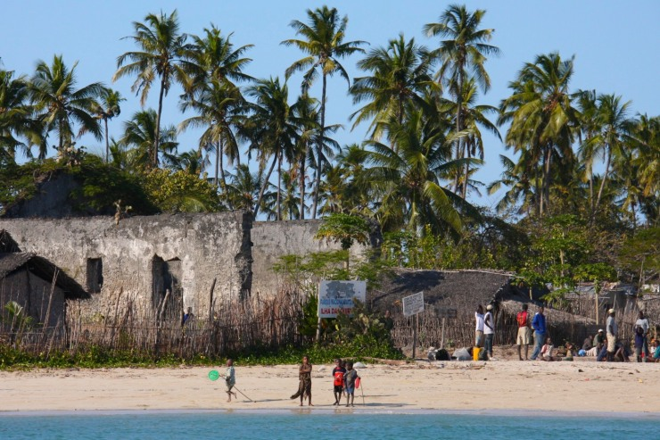 Children on the beach, Quirimba Island, Quirimbas Archipelago, Mozambique, Africa