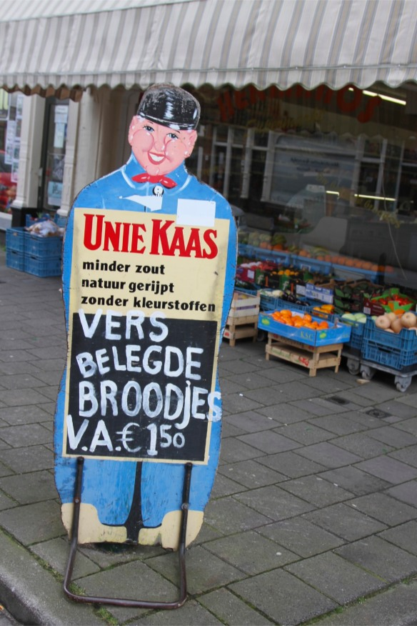 Shop sign in Zeehelden Kwartier, The Hague, Netherlands
