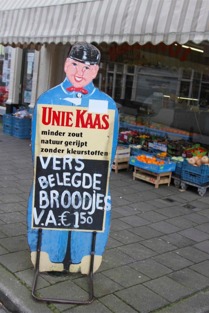 Shop sign in Zeehelden Kwartier, The Hague, Netherlands