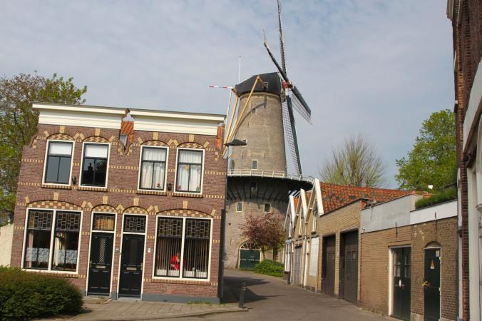 Molen de Roode Leeuw windmill, Gouda, Netherlands