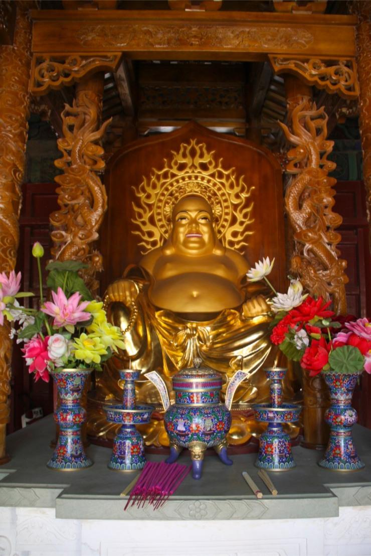 Buddhist statue, Jietai Si temple, Beijing, China