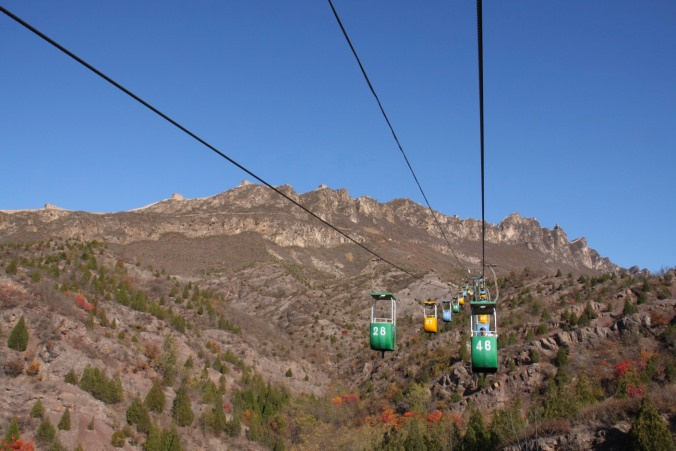 Cable car, the Great Wall of China between Jinshanling and Simatai, China