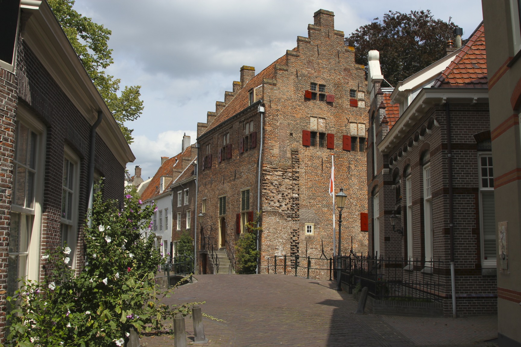An amble through medieval Amersfoort | notesfromcamelidcountry