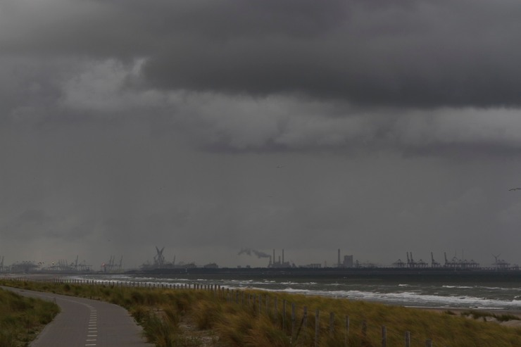 Cycle route and weather returning from the Hook of Holland, Netherlands