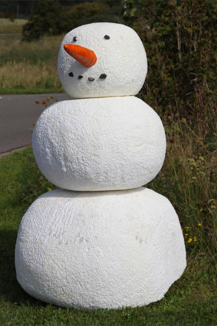 Snowman in summer, between Zandvoort and Haarlem, Netherlands