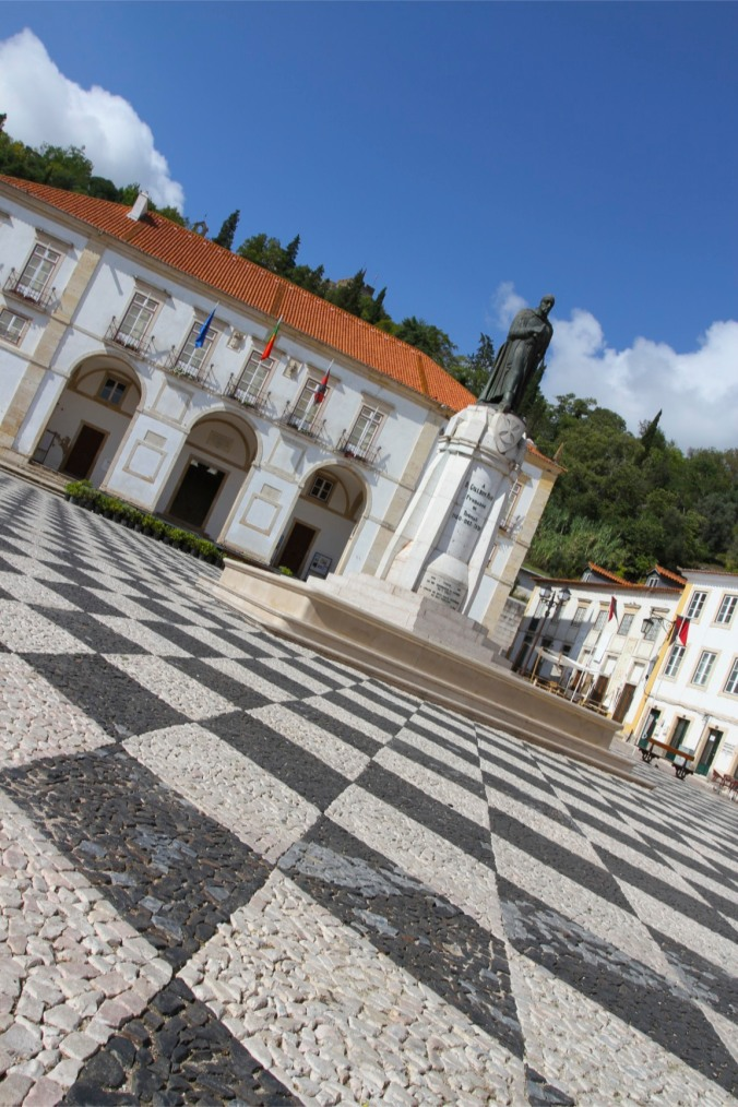 Praca da Republica, Tomar, Portugal