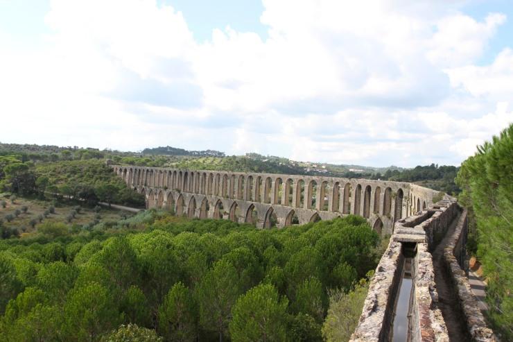 Aqueduct, Convento de Cristo, Knights Templar fortress at Tomar, Portugal