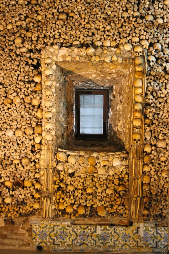 Capela dos Ossos, Chapel of Bones, Igreja de São Francisco, Evora, Portugal