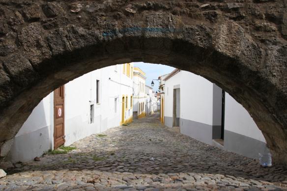 Aqueduto da Agua Prata, Aqueduct of Silver Water, Evora, Portugal