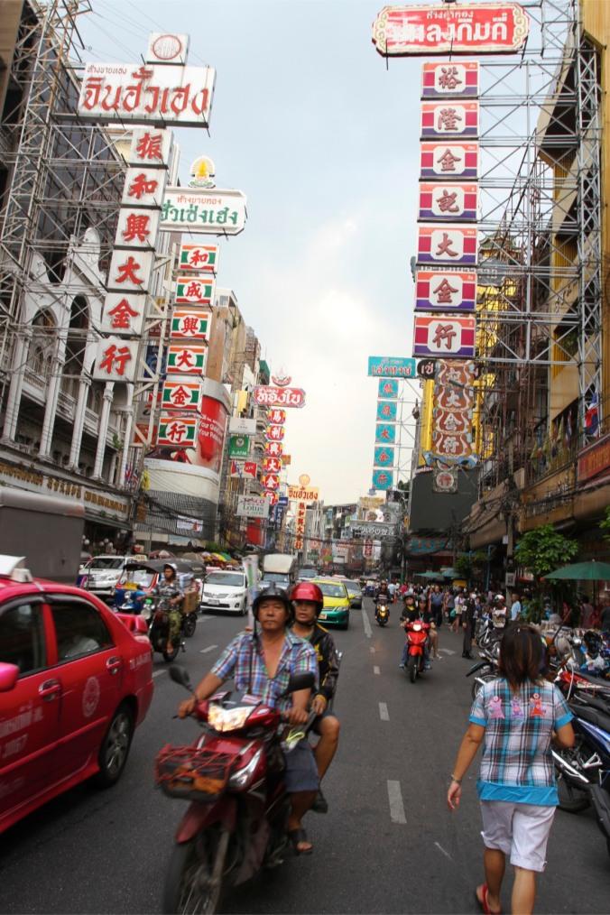 Thanon Yaowarat, Chinatown, Bangkok, Thailand