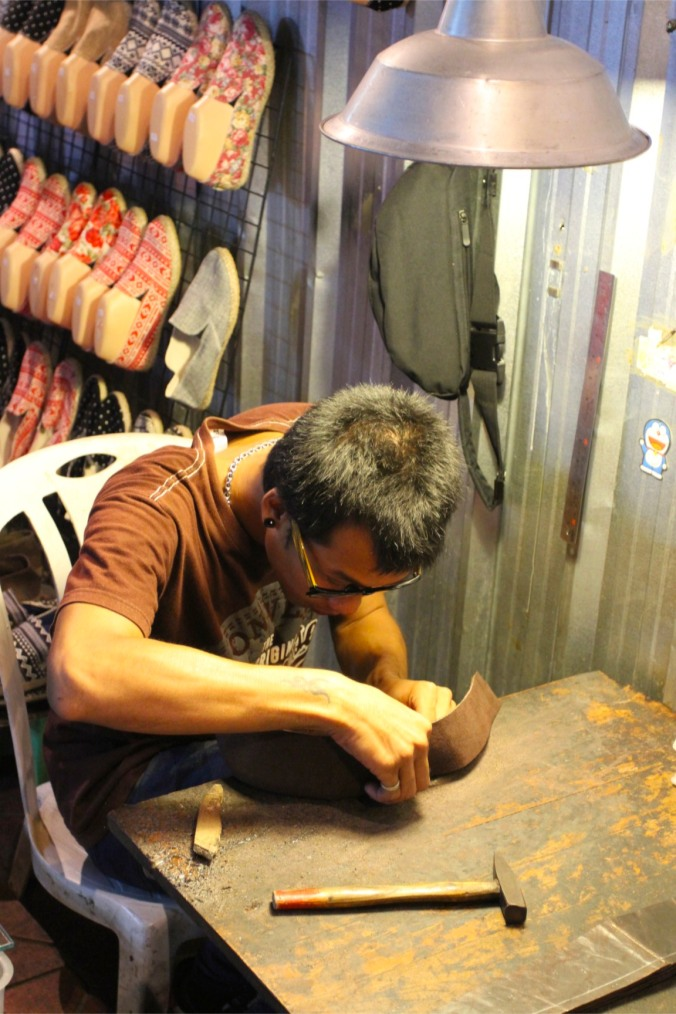 Shoe repairs, Khao San, Bangkok, Thailand