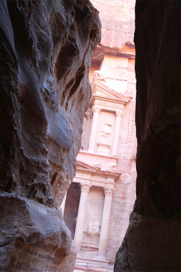 The Treasury or Khazneh el Faroun, Siq canyon, Petra, Jordan