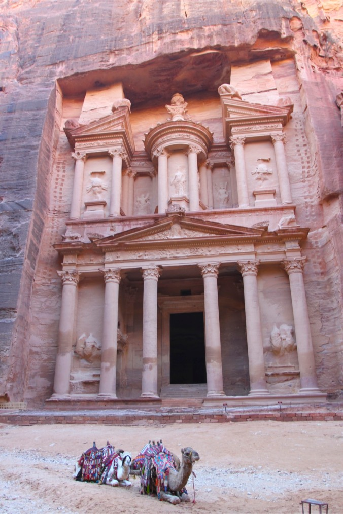 The Treasury or Khazneh el Faroun, Petra, Jordan