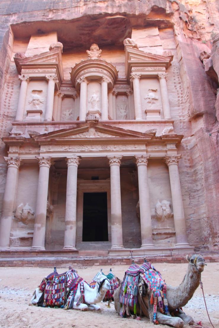 The Treasury or Khazneh el Faroun, Petra, Jordan