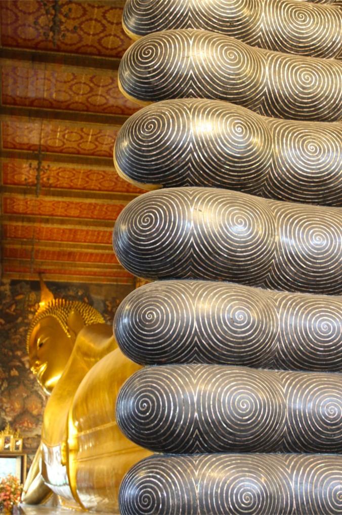 Big Foot, Reclining Buddha, Wat Pho, Bangkok, Thailand
