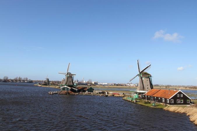 Working windmills of Zaanse Schans, The NetherlandsWorking windmills of Zaanse Schans, The Netherlands