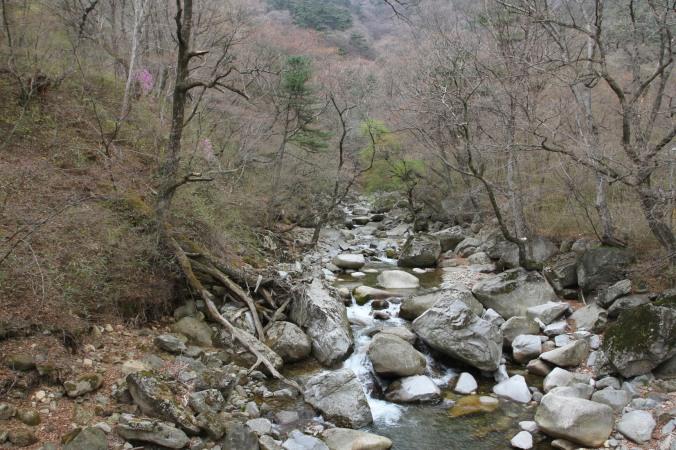 En route to Haein-sa, Korea