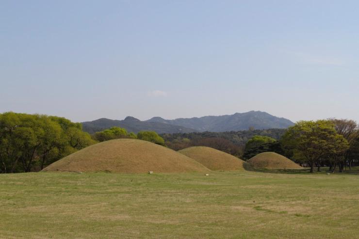 Silla Tombs, Gyeongju, Korea