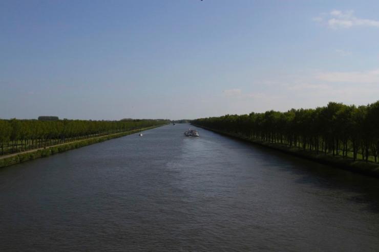 The Rijnkanaal near Weesp, Netherlands