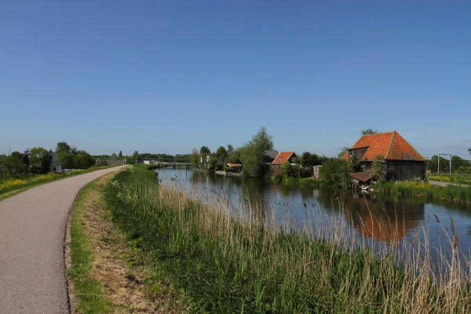 Cycling through Waterland to Edam, Netherlands